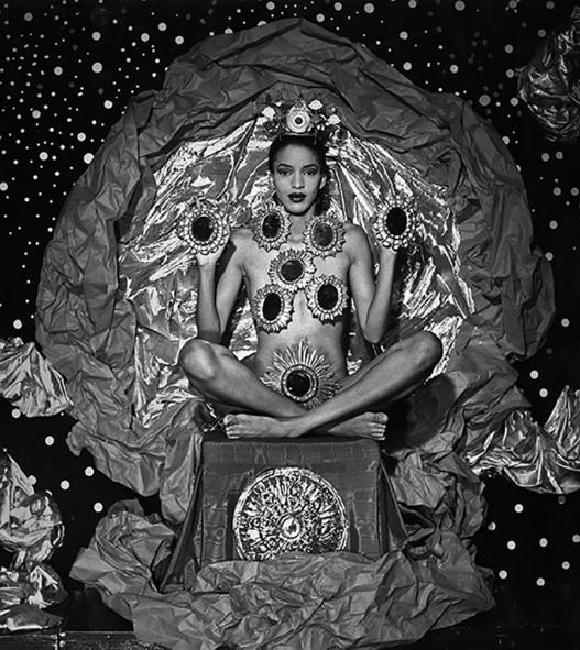 high-priestess-of-mirrors
